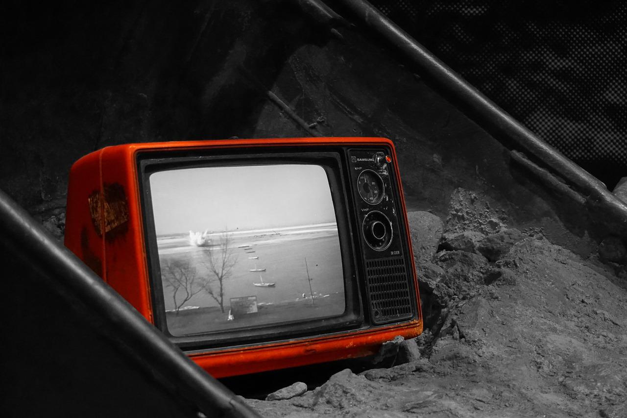 efektywnosc-energetyczna-telewizorow-led-oled-czy-plazma